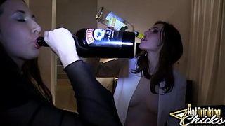 Папа Дочкам Накзвят Секс Видио